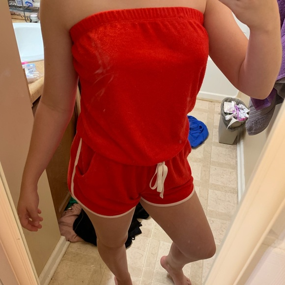 Aeropostale Other - ‼️*NEW*‼️RED ROMPER